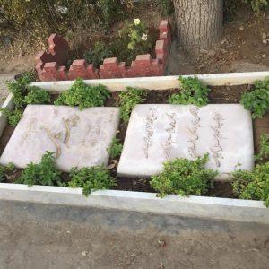 سنگ قبر مرمر سنگ قبر نارنجی سبز صورتی قبر سفارشی سنگ قبر با استقامت بالا