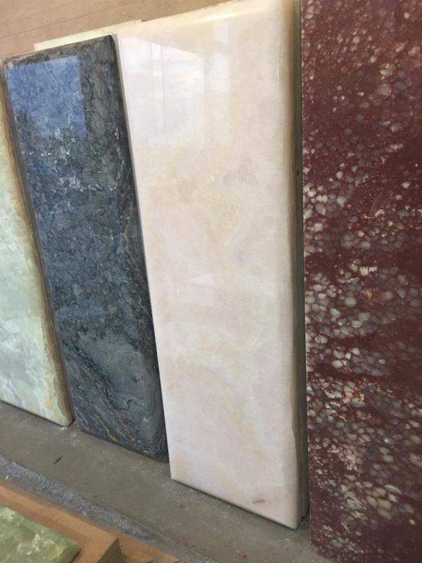 سنگ قبر مرمر در رنگهای مختلف