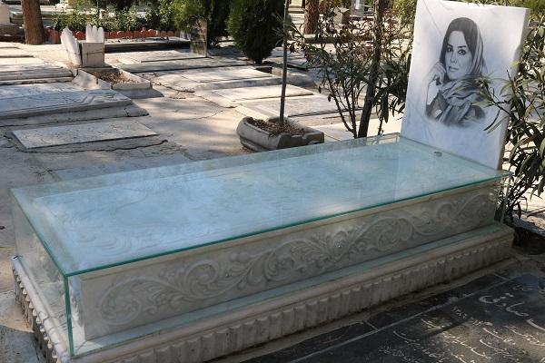 سنگ قبر مرمر سفید